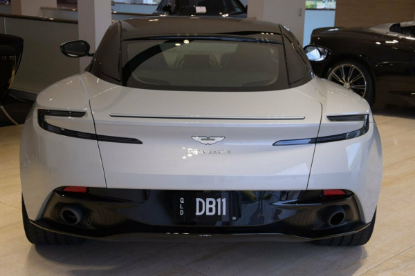 2017 Aston martin Db11 Coupe Image 4