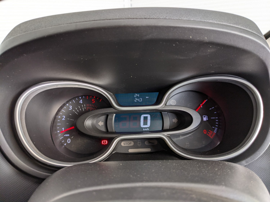 2021 Renault Trafic L2H1 LWB Pro Van Image 11