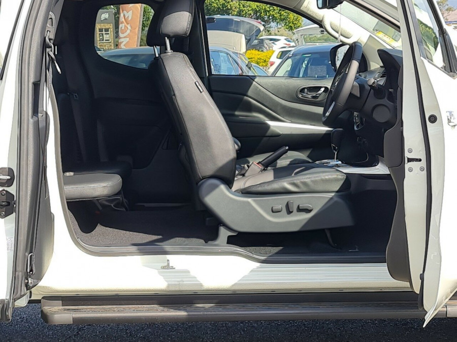2021 Nissan Navara D23 King Cab ST-X Pick Up 4x4 Utility Image 8
