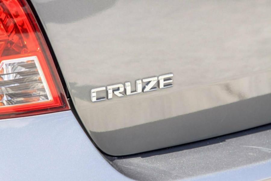 2012 Holden Cruze JH MY12 Equipe Hatchback Image 18