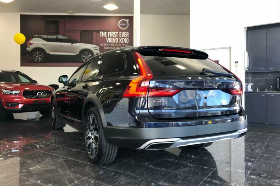 2019 Volvo V90 Cross Country D5 Wagon Mobile Image 20