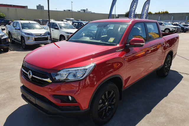 2019 SsangYong Musso Ultimate 3 of 20