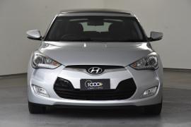 2013 Hyundai Veloster FS3 + Hatchback Image 2