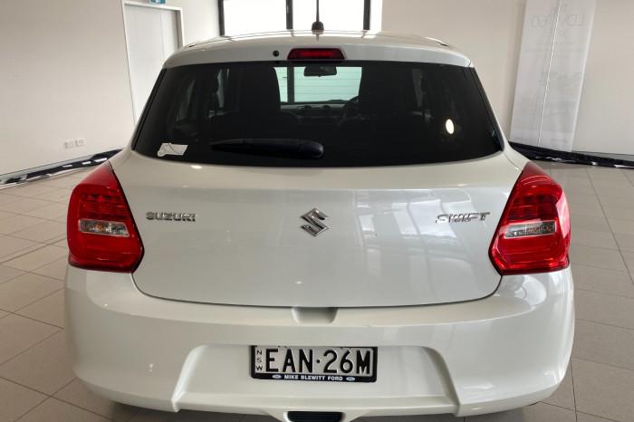 2019 Suzuki Swift AZ GL Navigator Hatchback Image 11