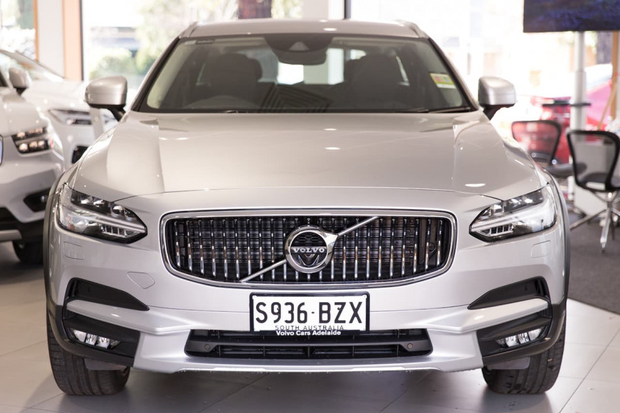 2019 MY20 Volvo V90 Cross Country P Series D5 Wagon Image 9