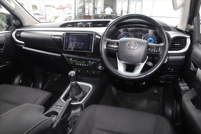 2015 Toyota HiLux GUN126R SR5 Utility Image 12
