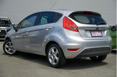 2009 Ford Fiesta WS LX Hatchback Image 4
