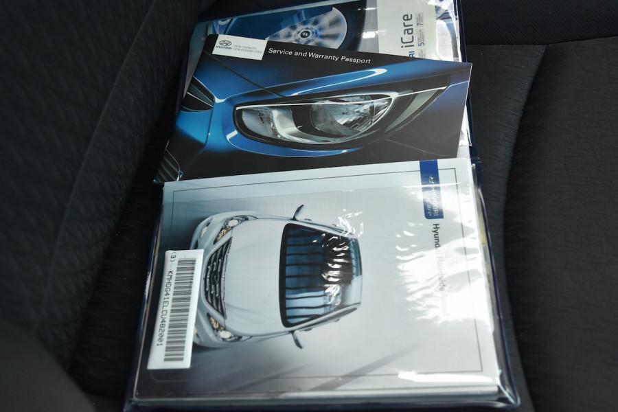 2012 Hyundai Elantra MD Active Sedan Image 18