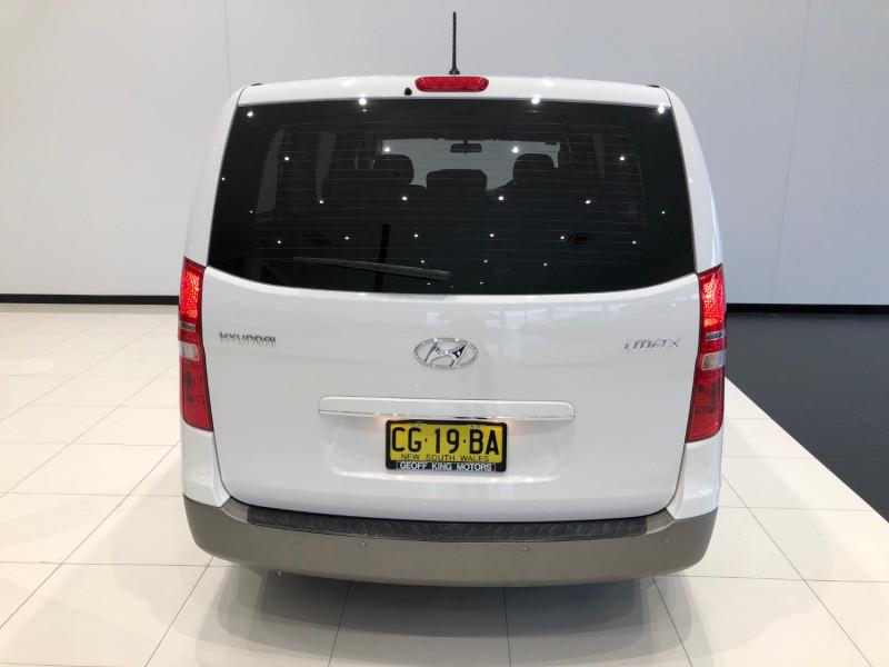 2016 MY15 Hyundai Imax TQ3-W Series II Wagon