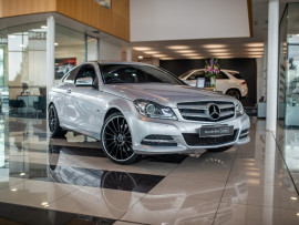 Mercedes-Benz C-class BlueE C204 C350