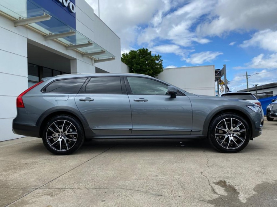 2019 MY20 Volvo V90 Cross Country P Series D5 Wagon Image 13