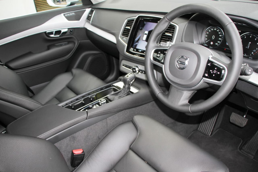 2019 MY20 Volvo XC90 L Series T6 Momentum Suv Image 6