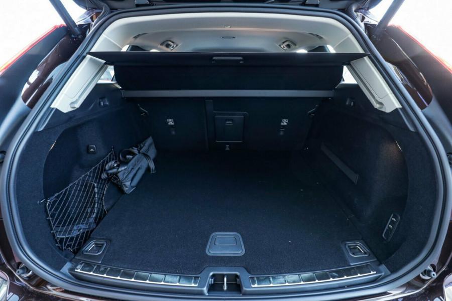 2020 Volvo XC60 UZ T5 Momentum Suv Image 15