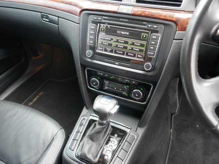 2011 Skoda Superb 3T Elegance Sedan
