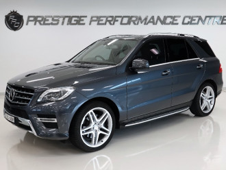 Mercedes-Benz M-class Blue W166  ML350
