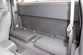 2017 Isuzu Ute D-MAX LS-U Utility - extended cab Mobile Image 10