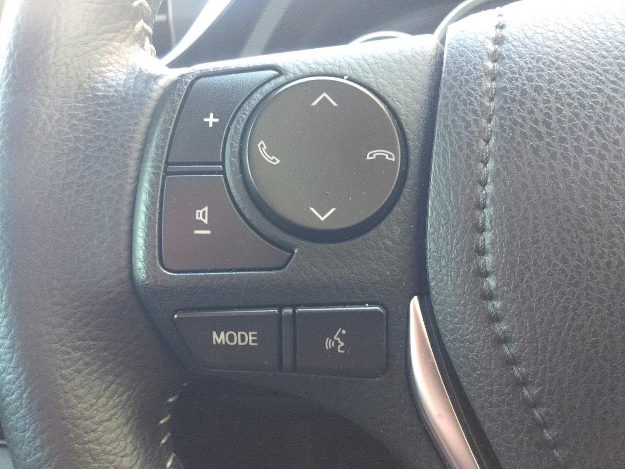 2017 Toyota Corolla ZRE182R ASCENT SPORT Hatchback Image 14
