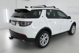 2017 MY18 Land Rover Discovery Sport L550 18MY TD4 132kW Suv Image 2