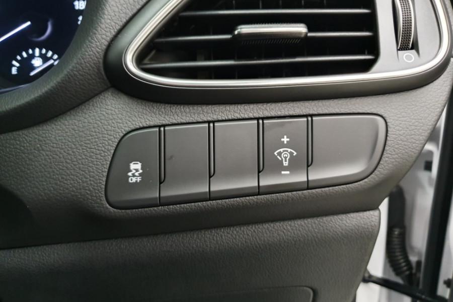 2019 Hyundai i30 PD2 Active Hatchback Image 12