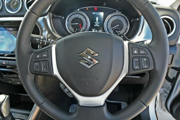 2021 Suzuki Vitara LY Series II GLX Suv image 11