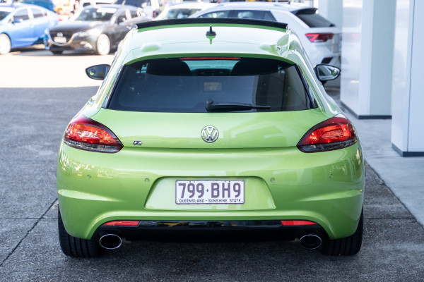 2012 Volkswagen Scirocco 1S  R Hatchback Image 5