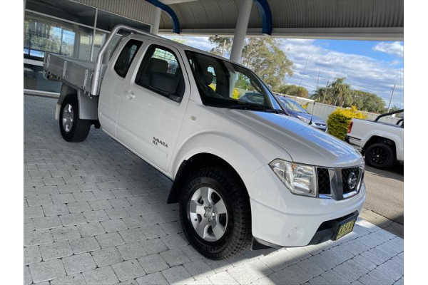 2008 Nissan Navara D40 RX Cab chassis - extended cab Image 3