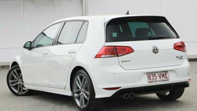 2014 MY15 Volkswagen Golf VII MY15 110TDI DSG Highline Hatchback Image 4