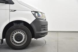 2019 Volkswagen Transporter Van Image 5