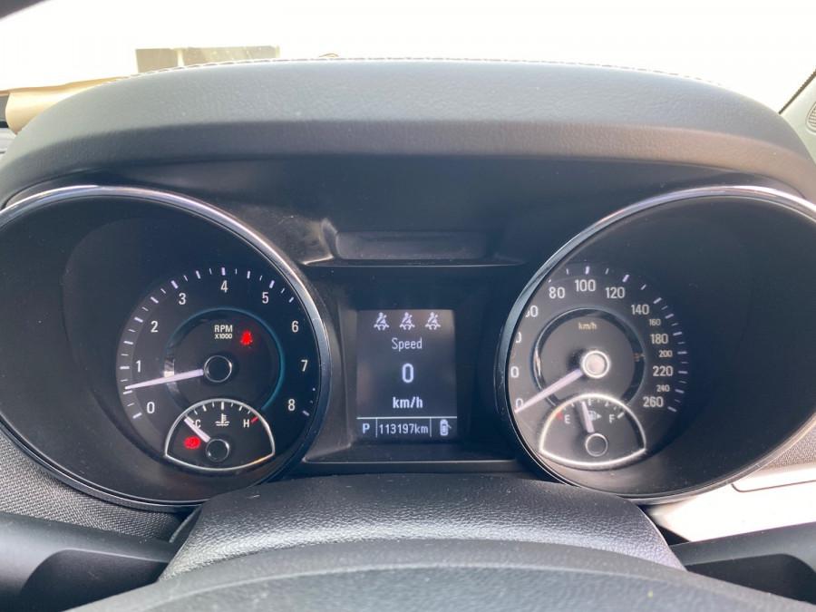 2017 Holden Commodore VF II Evoke Sedan Image 11