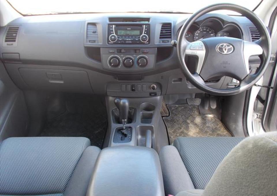 2013 MY12 Toyota HiLux KUN26R  SR Utility - dual cab