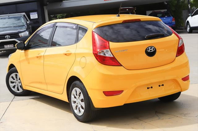2014 Hyundai Accent RB2 MY15 Active Hatchback Image 4