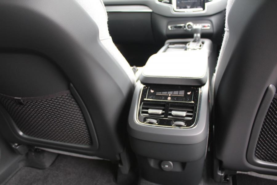 2020 MY21 Volvo XC90 L Series T6 Inscription Suv Image 13