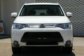 2015 MY14.5 Mitsubishi Outlander ZJ ES 4WD Wagon