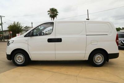 2020 Hyundai iLoad TQ4 Van Van Image 4