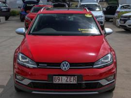 Volkswagen Golf 132TSI VII  Alltrack