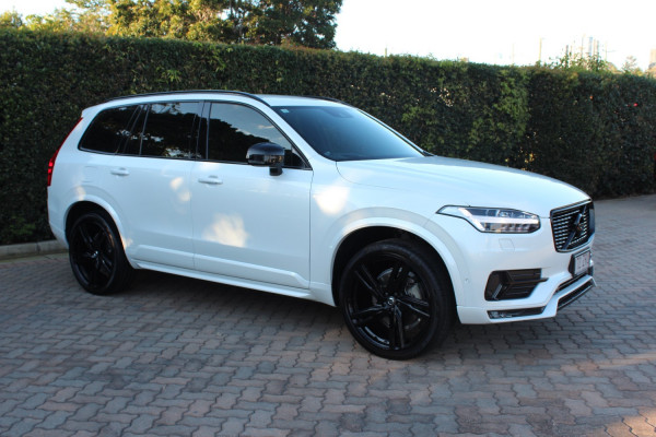2017 MY18 Volvo XC90 Vehicle Description. L  MY17 D5 R-DESIGN WAG GEAR 8SP 2.0DTT D5 Suv Image 3