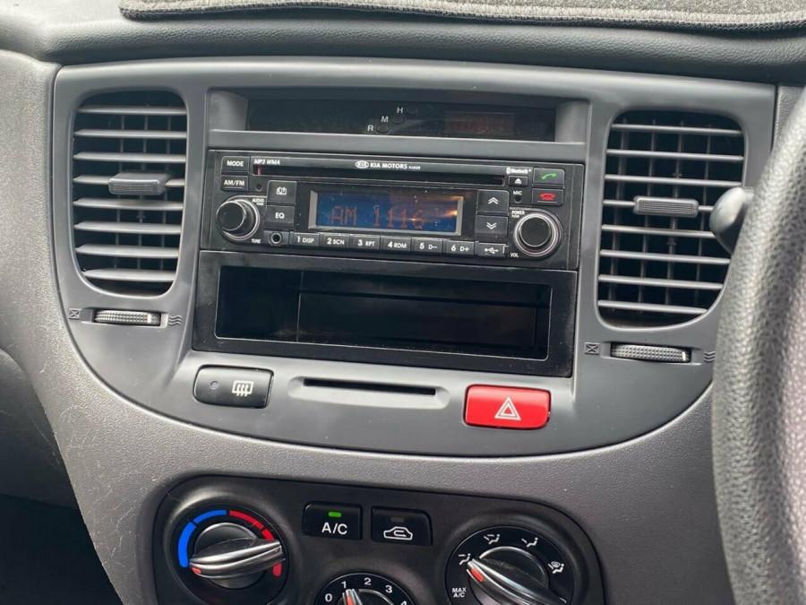 2011 Kia Rio JB MY11 S Hatchback Image 17