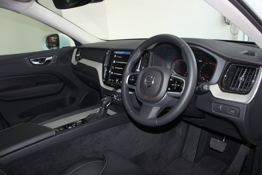 2018 MY19 Volvo XC60 UZ D4 Inscription Suv Mobile Image 5