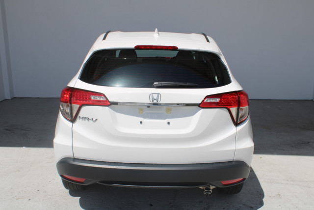 2021 Honda HR-V VTi Suv Image 5