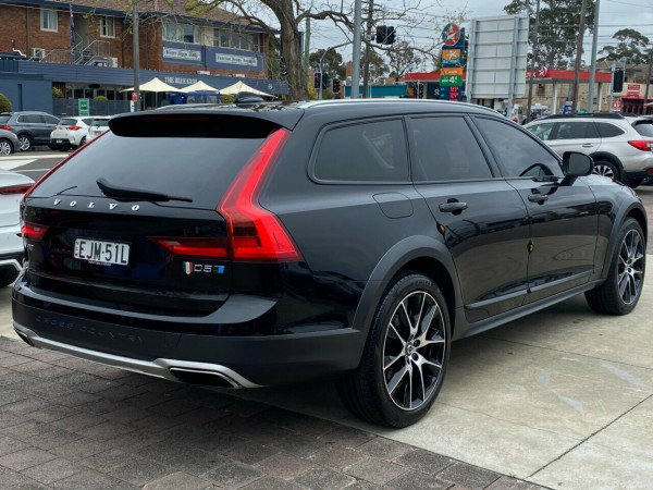 2017 Volvo V90 P MY17 D5 Cross Country Inscription Wagon Image 4