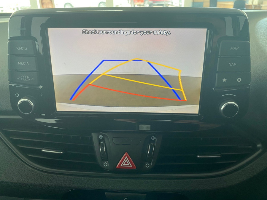 2018 Hyundai i30 PD Active Hatch Image 9