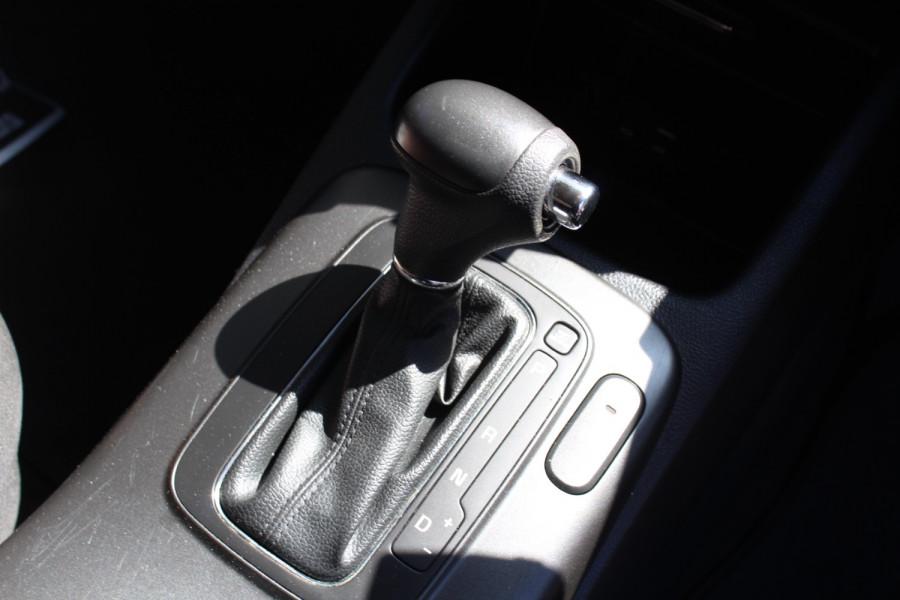 2015 Kia Cerato YD S Sedan Image 21