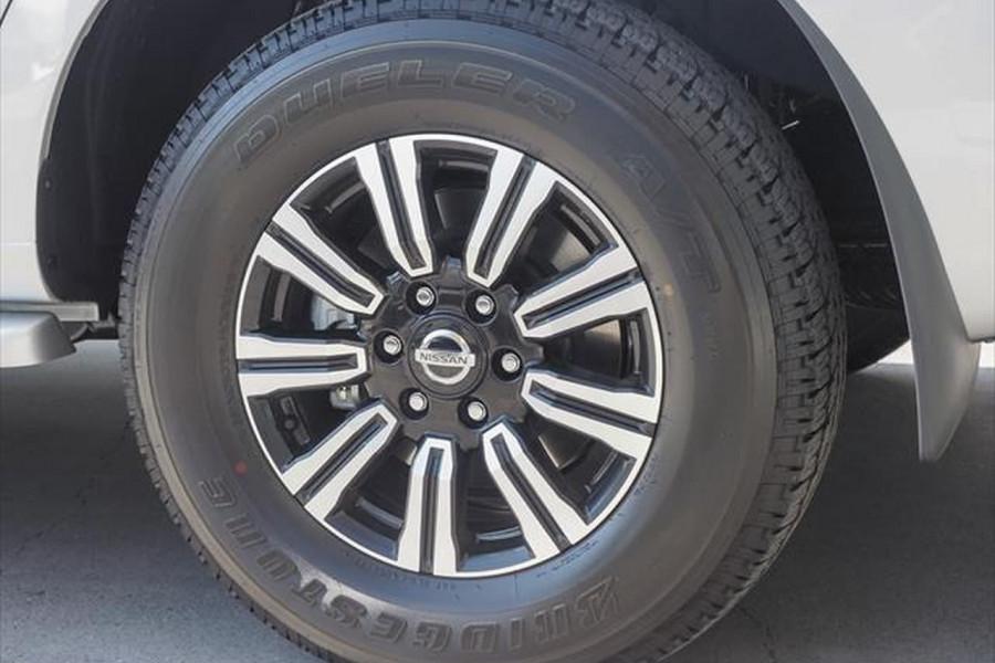 2021 Nissan Patrol Y62 Series 5 Ti-L Suv Image 4
