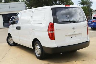 2019 Hyundai iLOAD TQ4 MY19 Van Image 2