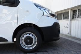 2019 MY20 Renault Trafic L1H1 Trader Life Van Image 5
