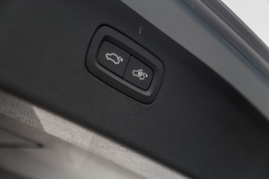 2019 MY20 Volvo XC90 L Series T6 R-Design Suv Image 30