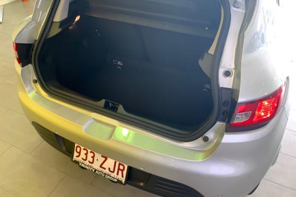 2019 Renault Clio IV B98 Phase 2 Life Hatch Image 4
