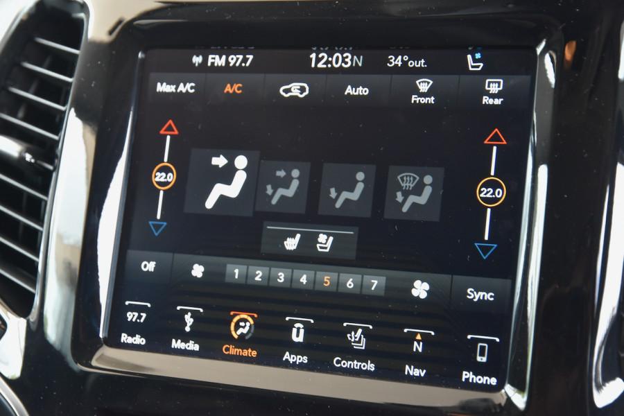 2019 Jeep Cherokee KL Limited Suv Image 14