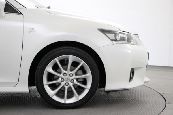 2012 Lexus Ct ZWA10R CT200h Hatch Image 5