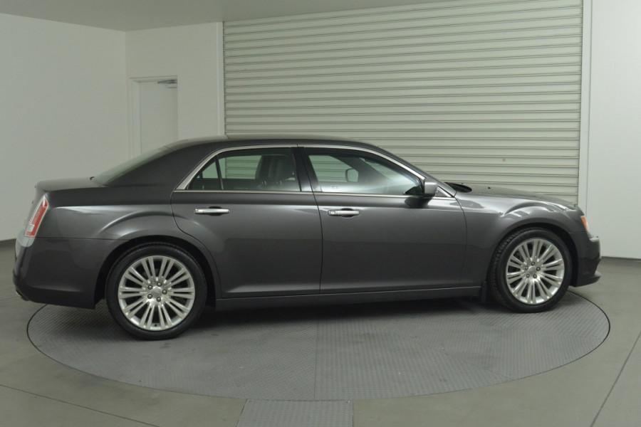 2012 MY13 Chrysler 300 LX C Sedan Mobile Image 2
